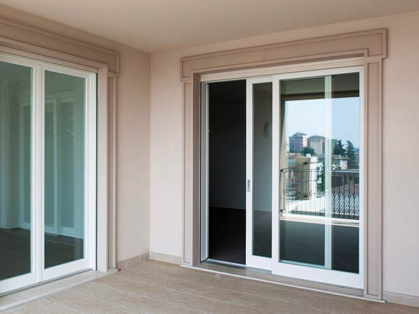 Verande alluminio palermo nc porte e finestre for Finestre in alluminio taglio termico prezzi